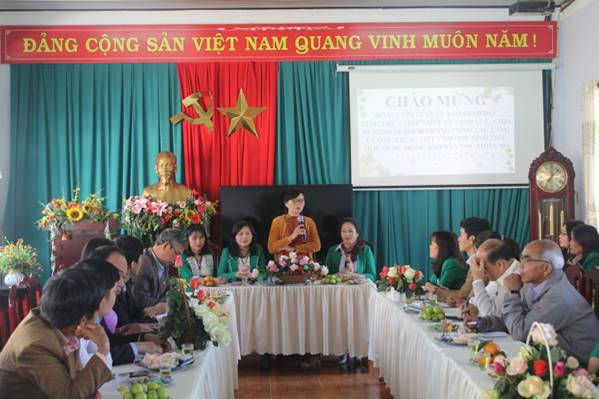 Learning experiences to build an environment that helps ethnic minority students and disadvantaged ones at primary level improve their vietnamese language